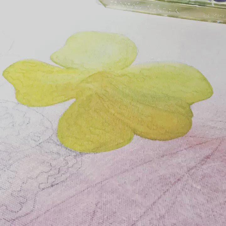 Working on my next art exhibition in Open Ealing Arts @Openealing   Flower details 😃   Do you like it? #art #london #Ealing #westealing #openealing #openealingarts #flower #flowers #working #artistic #artist #exhibitions #Exhibition #artexhibition #prints
