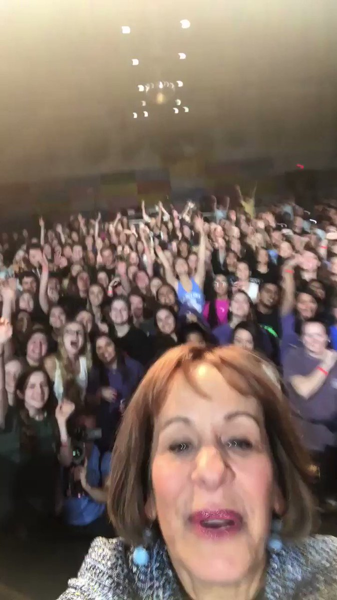 My first successful selfie video ever at 20th anniversary of @UNC Dance Marathon hosted by @carolinaftk! Good luck dancers! Yes! https://t.co/SAr2aWPKz8