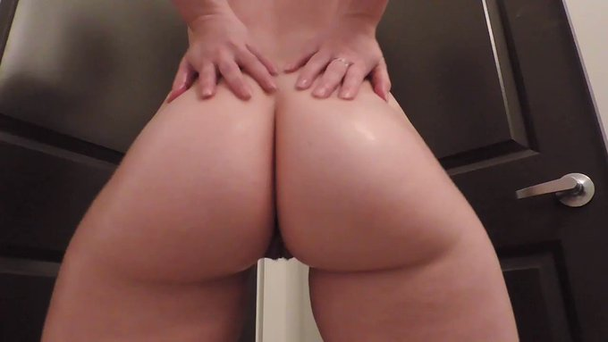 Homework today, so here is one of my classic booty videos. Since Tuesdays suck, consider treating yourself