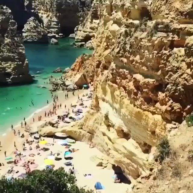 Monday dreaming... #Algarve #PraiaDaMarinha #BPMPortugalpic.twitter.com/0W625e8c0l