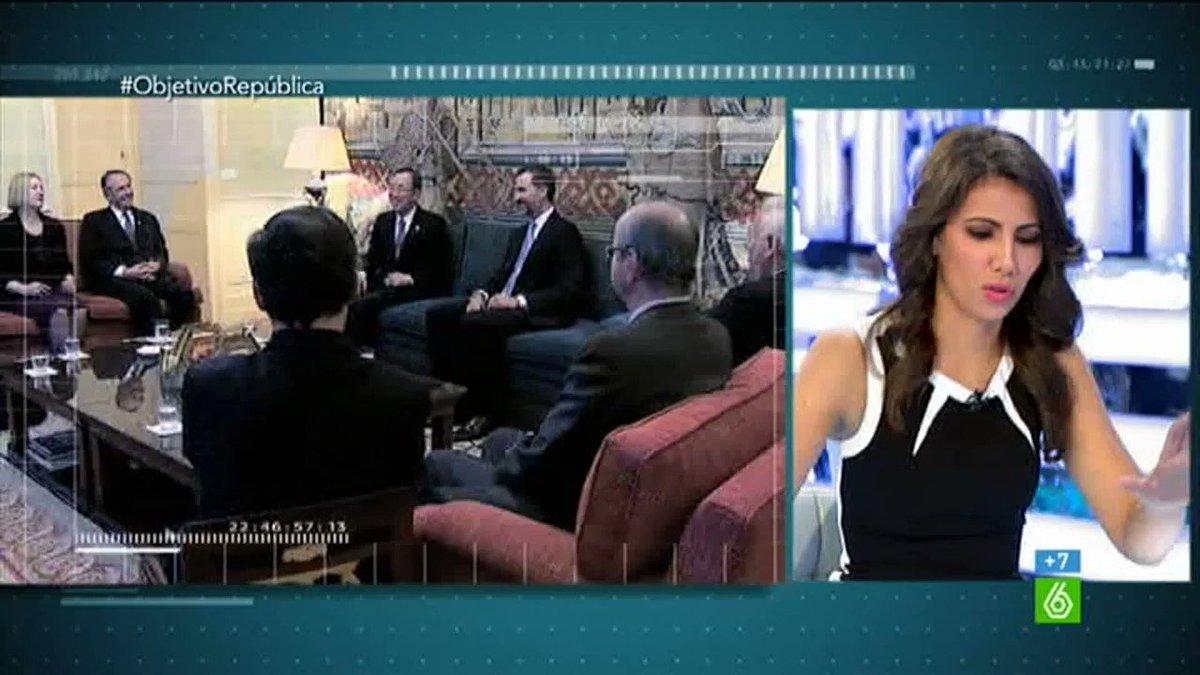 Abucheos y pitos a Sofía, Juan Carlos, Felipe, Letizia #RepúblicaEsElFuturo ❤️💛💜