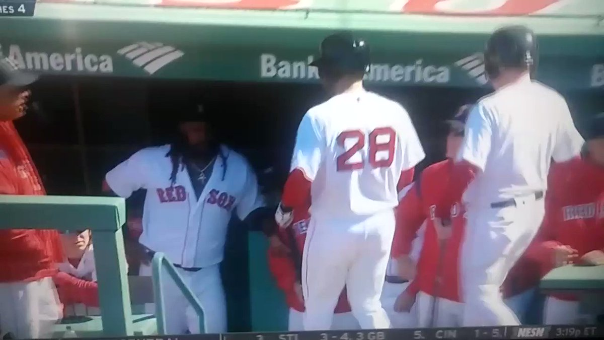 Replying to @Tashville401: J.D. Martinez gets absolutely MOBBED in the Red Sox dugout after his first HR in a Red Sox uni
