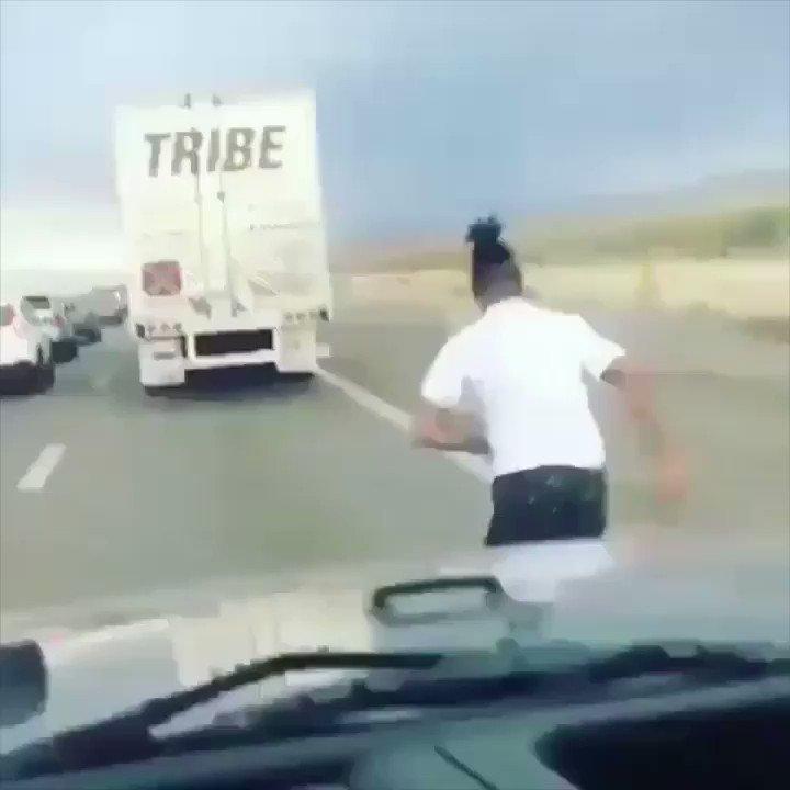 Real Shit lol. #30RoundClip @WakaFlocka �������� https://t.co/egk3u1BYUt