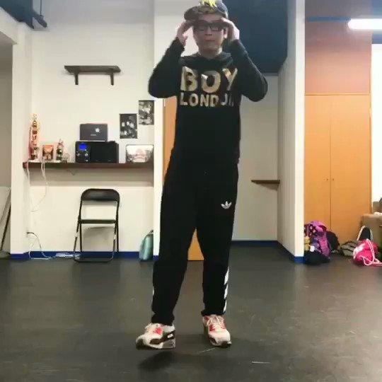 最近普通のフリを倍速みたく踊るのにはまっています!  #ダンス #samuraisupply  #なんか久しぶりに踊った気がするTomoki