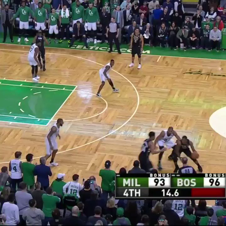 The end of the 4th quarter of Bucks-Celtics was �� https://t.co/9dippBFQMK