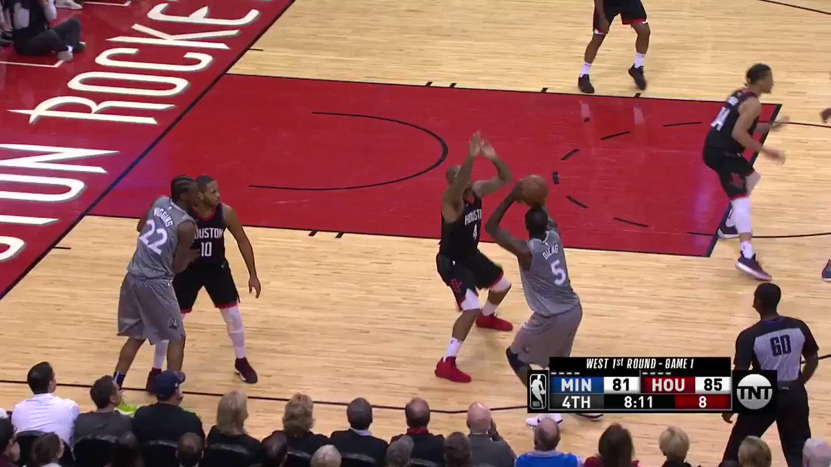 Jamal Crawford from way downtown!  @Timberwolves 84 | @HoustonRockets 85 with 6:49 to go.  ��: @NBAonTNT https://t.co/iZprIKYSEk