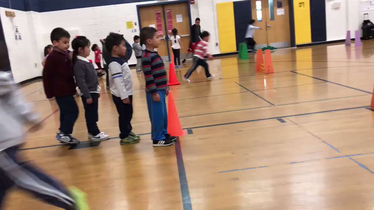 Flashing through the obstacle course during <a target='_blank' href='http://twitter.com/HFBpe'>@HFBpe</a> <a target='_blank' href='http://search.twitter.com/search?q=HFBTweets'><a target='_blank' href='https://twitter.com/hashtag/HFBTweets?src=hash'>#HFBTweets</a></a> 🏃♂️🏃♀️ <a target='_blank' href='https://t.co/kjpJKJ4fB6'>https://t.co/kjpJKJ4fB6</a>