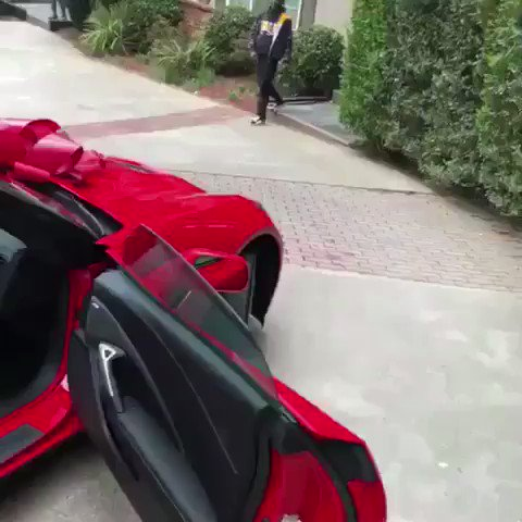Lil Yachty bought his friend a new Corvette for his birthday https://t.co/xVEcuh6lRI
