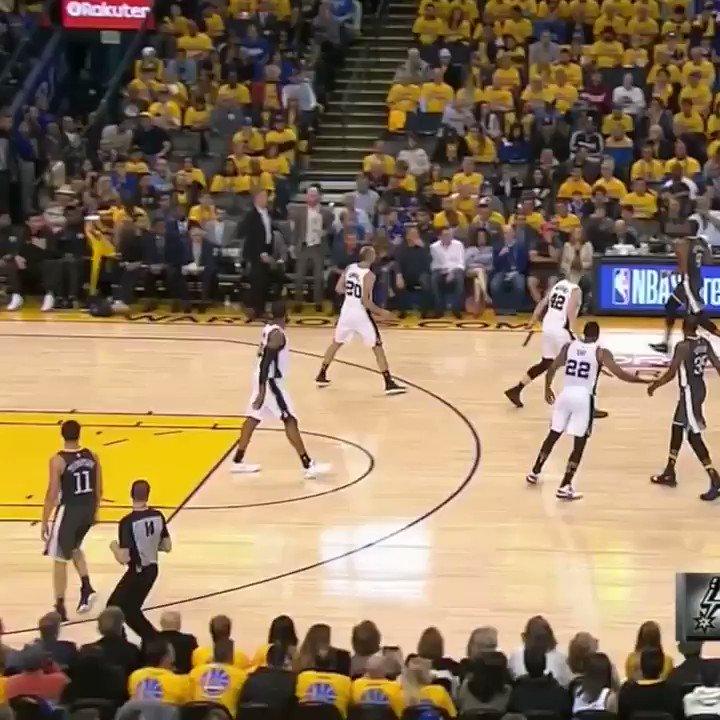 The Warriors left Jordan Bell hanging �� https://t.co/7ta3RMRDb8