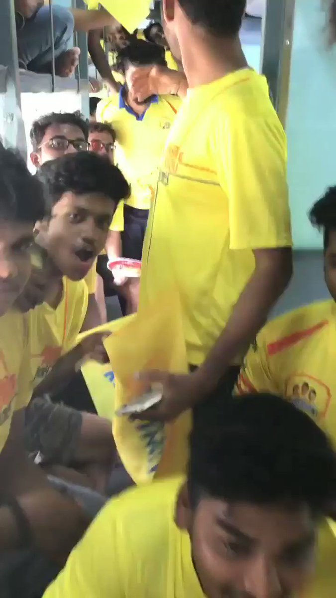 The Matchday routine! Wake up and roar f...