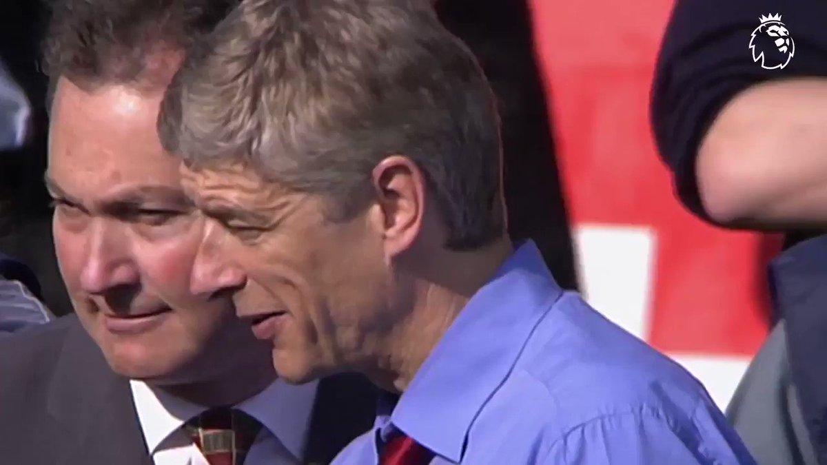 Premier League's photo on Arsenal's 'Invincibles'