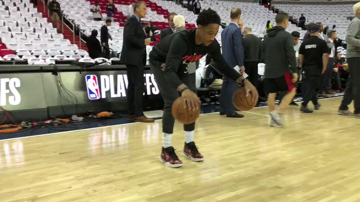 DeMar DeRozan gets loose for tonight's @Raptors #NBAPlayoffs action in D.C. https://t.co/F82uVXkdBB