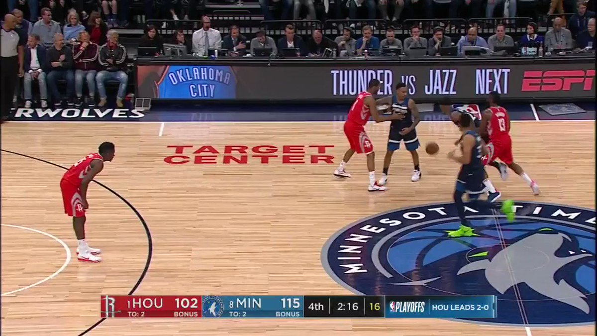 Derrick Rose from the corner... bang!  @Timberwolves lead 118-102 with 2:05 remaining on ESPN.  #AllEyesNorth https://t.co/ZCZwR0Wa68