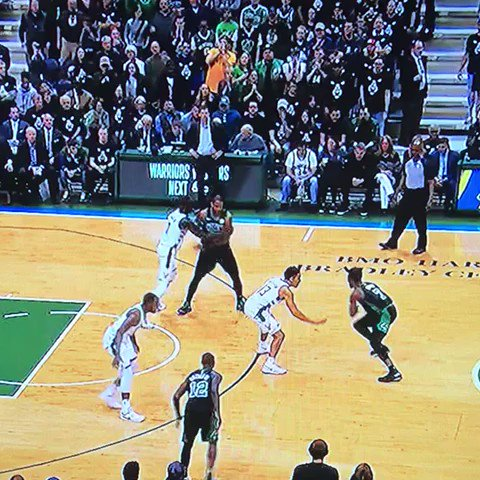 Jaylen Brown's stepback so icy the net dont even move
