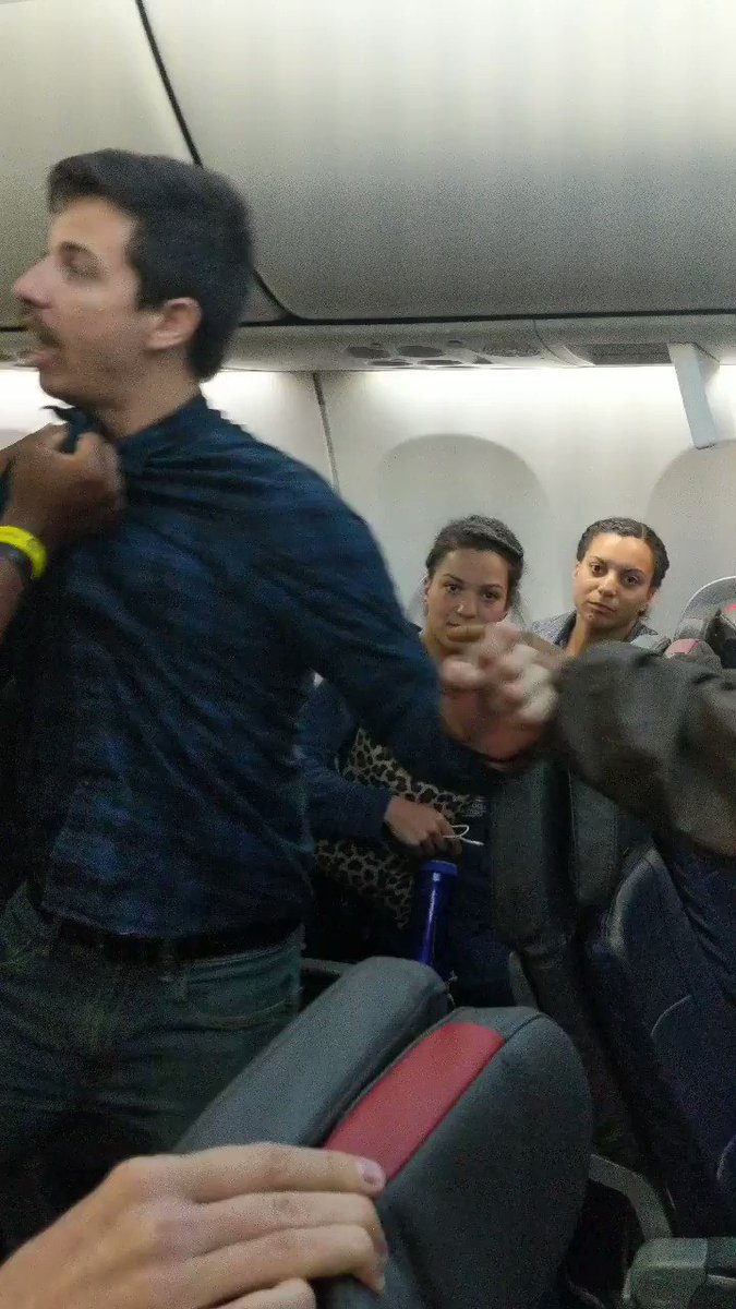 Police Use Stun Gun on Passenger Involved in Fight on Flight from Miami to Chicago