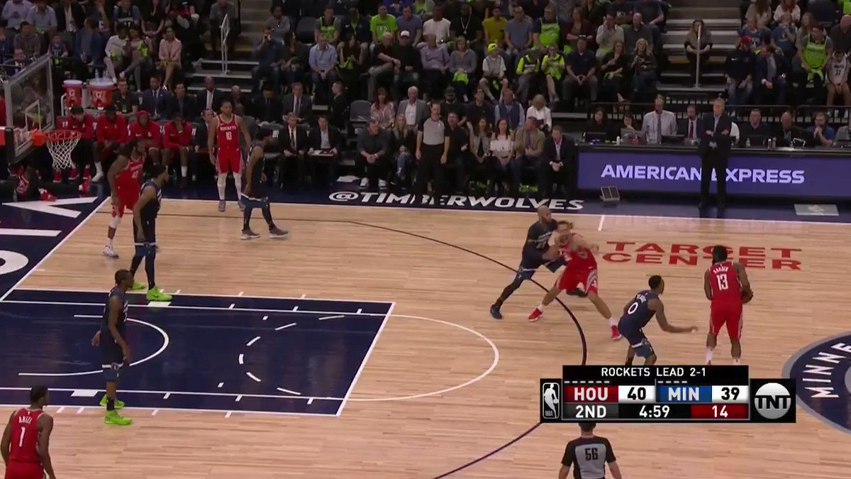 Harden caps personal 8-0 run with a triple!  #Rockets  ��: @NBAonTNT https://t.co/s11V3J3qHw