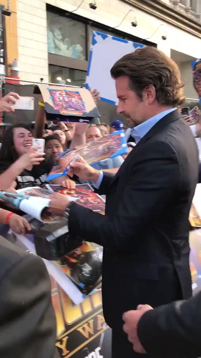 Fans can't get enough of Bradley Cooper. #InfinityWar https://t.co/JieAh3IoGr