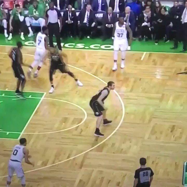 Eric Bledsoe, defensive stopper https://...