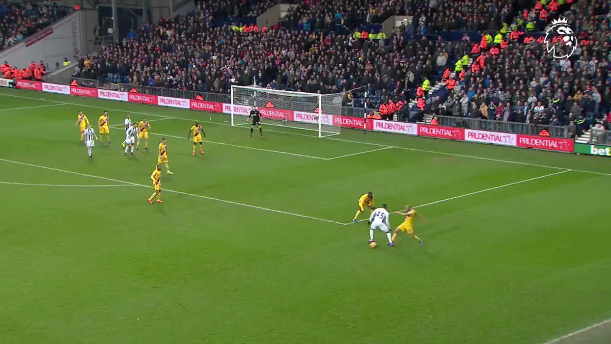Win the ball ✅ Dribble the length of the pitch ✅ Finish sweetly ✅  �� @andros_townsend #GoalOfTheDay https://t.co/PZn1dJfZpM