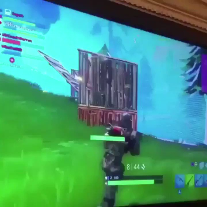 Replying to @Dream: proof fortnight takes less skill than Minecraft