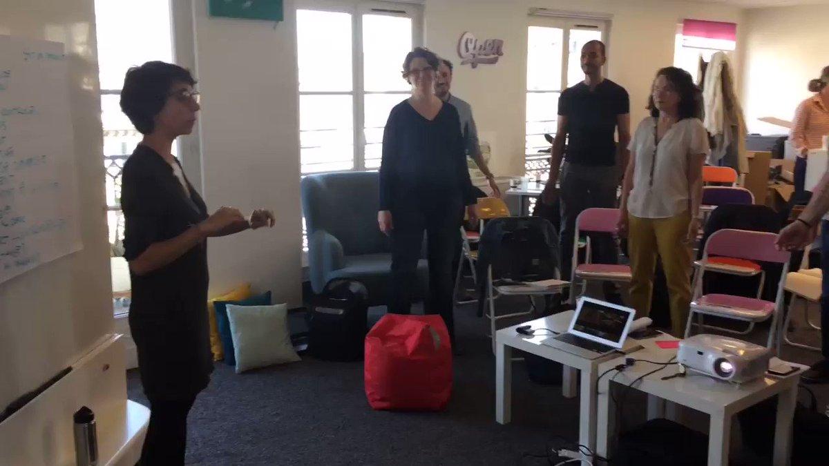@msicregaly fait travailler les #Intrapeneurs4Good sur la cohérence cardiaque : la #respiration comme sas de décompression Ordonnance : 3 x 5 min./jour #keepcalm avant ton #pitch@emmafenard @xkressmann @AA_Jalon @DaelCamille @SANDDELA @NaCrosnier @FredericAuregan  - FestivalFocus