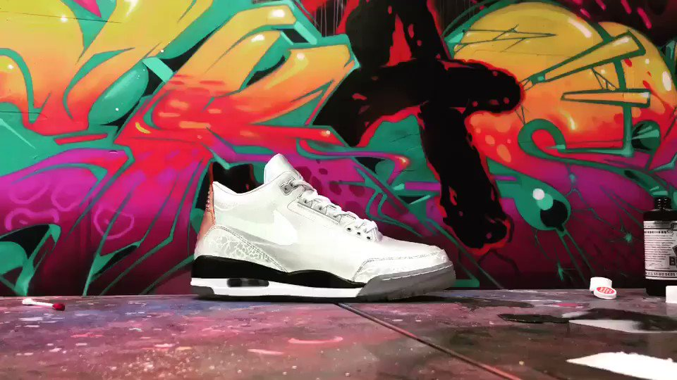 Coolest pair of kicks out there that no ones talking about.... #tinker3 3M reflective