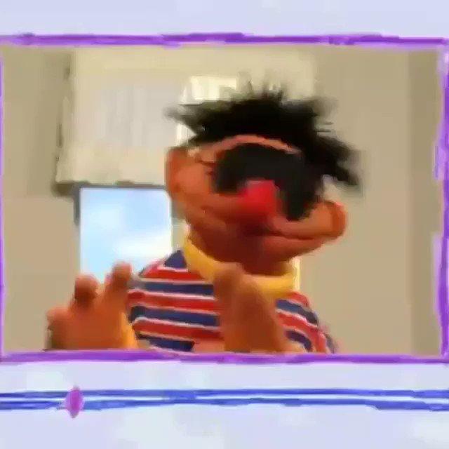 Wtf. #BertandErnie ���������� toooo weird. #SesameStreet episode. https://t.co/2Fv34IsH2k