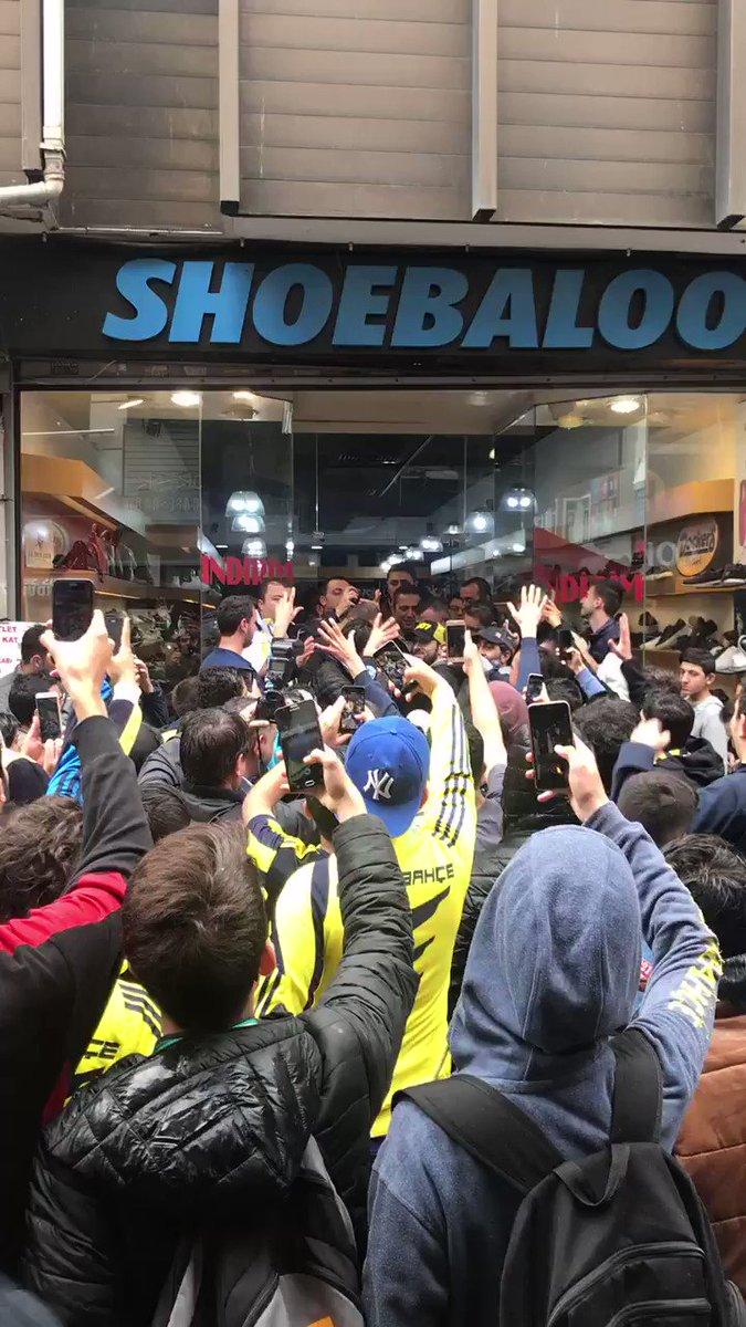 Fenerbahçe sen çok yaşa, canım feda olsun sana! #KalplerBeraber #TamZamanıŞimdi https://t.co/n9MEh2JlvT