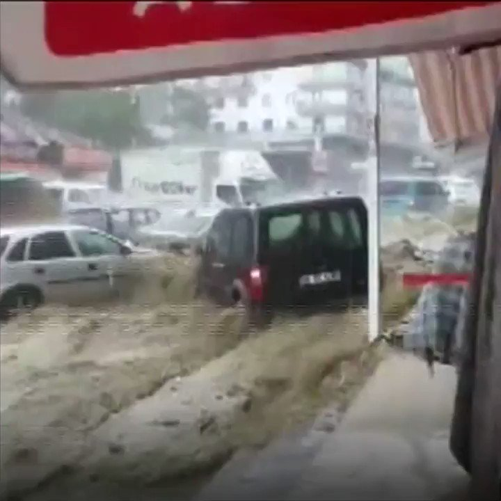Cars swept away in Turkish capital Ankara after flash floods. Six people reported injured  https://t.co/4yR7nAcsBJ https://t.co/NLvV4U0XDf