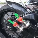 これがホントのニンジンロケット?!バイクの排気口から出るポン菓子のニンジンw