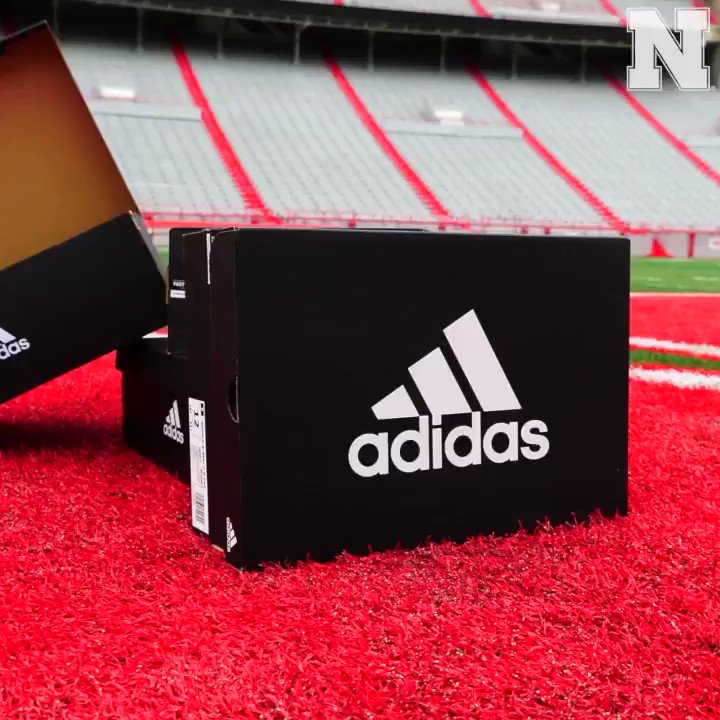 💯💯💯 Shoutout to @adidasFballUS for letting us check out the Adimoji cleats. #teamadidas x #GBR