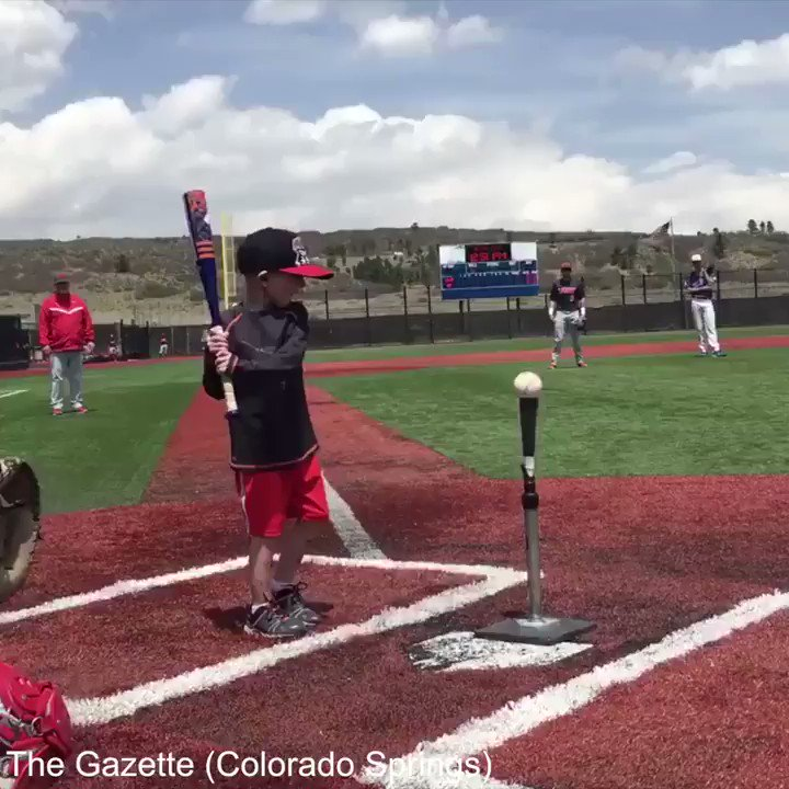When 4-year-old cancer patient Lio Ortega crossed home plate, he received a hero's welcome.  (via @csgazette ) https://t.co/wYaNrgm1A7