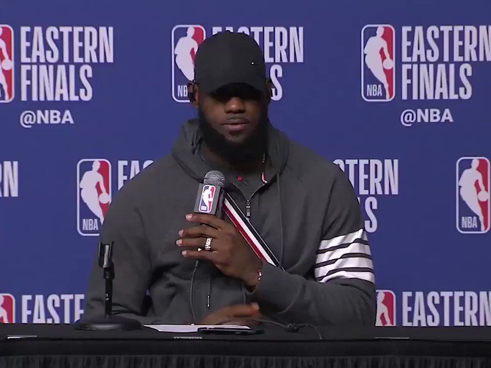 LeBron just wants K-Love to get a question �� https://t.co/AYt8f456Jn