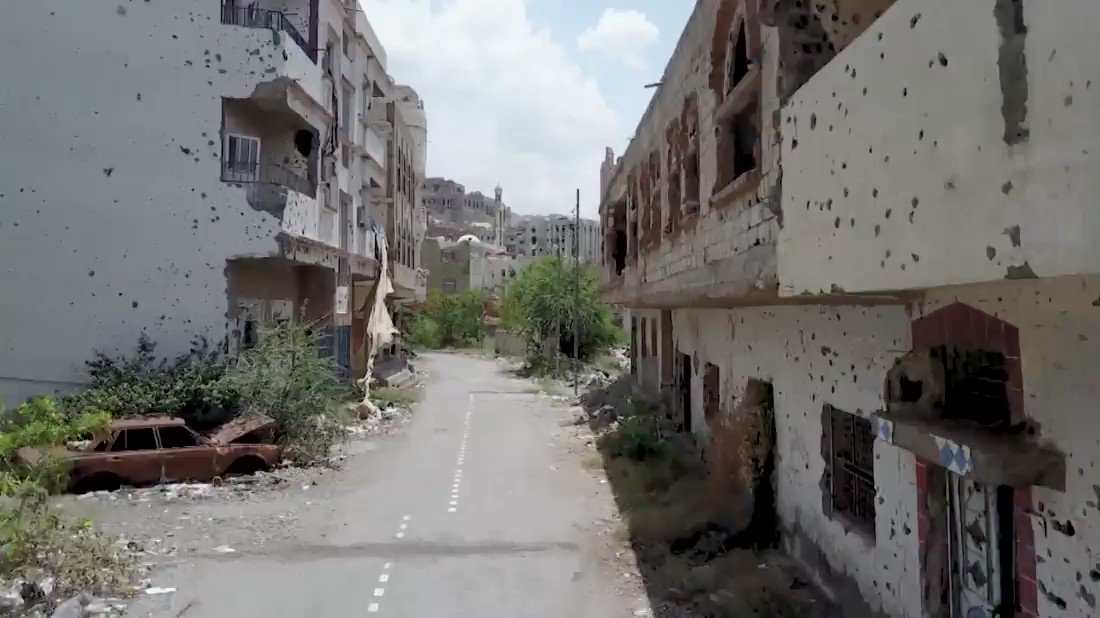 It's a war you rarely see. Now rare drone footage shows a Yemen city in ruins: https://t.co/KVpXC1dwbR