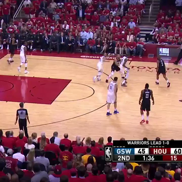 CP3 dropped Steph for the second straight game �� https://t.co/GZKuGxHeq8