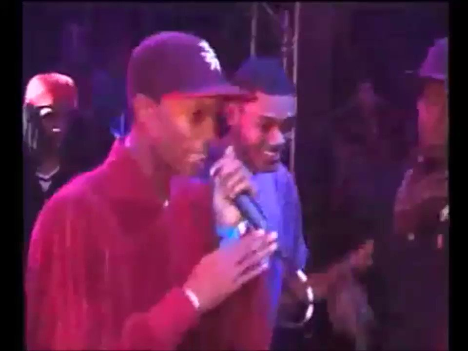 HERITAGE: Watch @DDoubleE7, @Footsie and @TheRealKano get reload after reload during this golden era Nasty Crew set at @clubsidewinder, 2003 goo.gl/8cZUJf