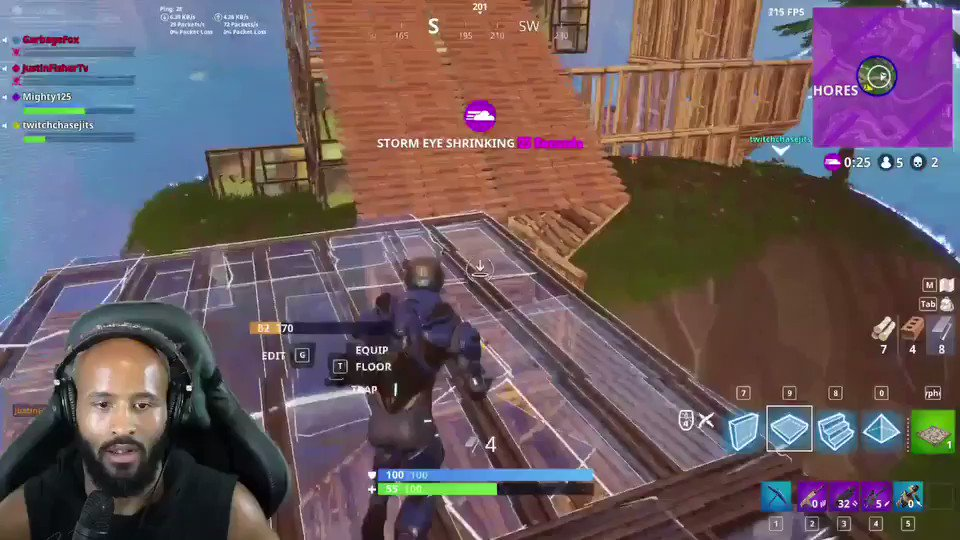 Epic games with the squad last night!! #mightygaming #fornite #mightysquad https://t.co/OeRjc6O1Pg