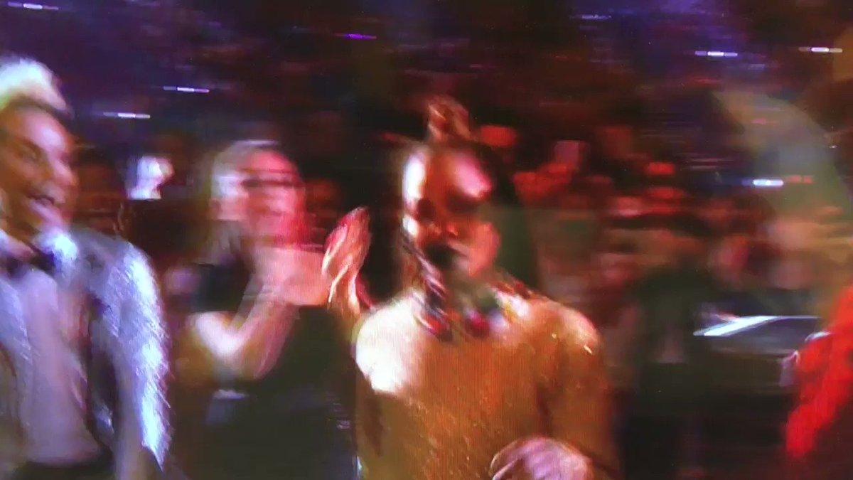 Janet is killing it on thr Billboard Music Awards!!!  She looks amazing!