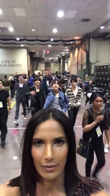 Omg 😍 @BTS_twt #BTS_BBMAs https://t.co/uUTT0ddsLp