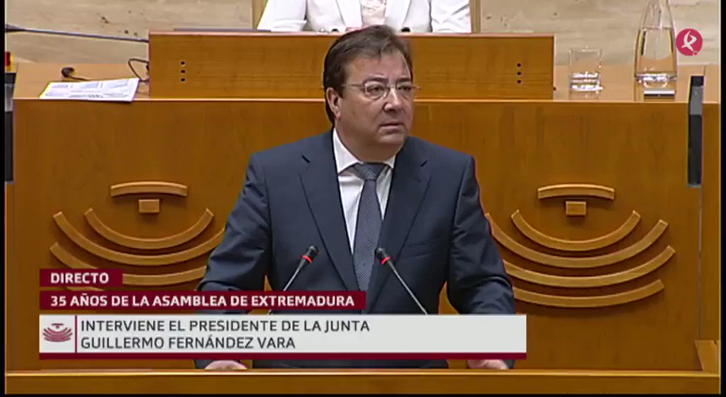 #35AñosAsamblea   @GFVara: