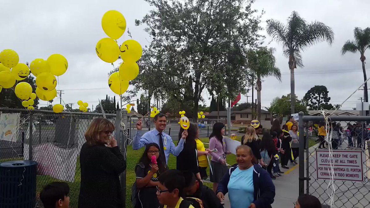 Image for the Tweet beginning: Sunkist Celebrates Students and SBAC