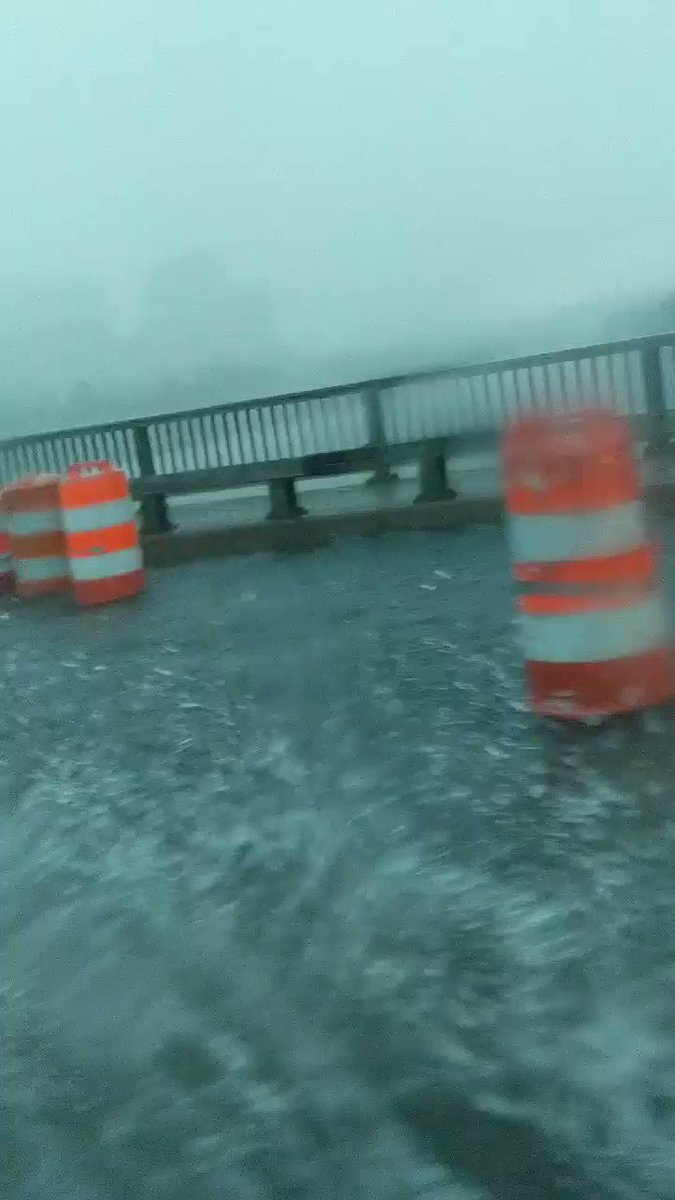 Us-50 bridge lanes reduced due to extreme flooding. @WTOP @AdamTuss @ARLnowDOTcom https://t.co/W1eC1pzRRk