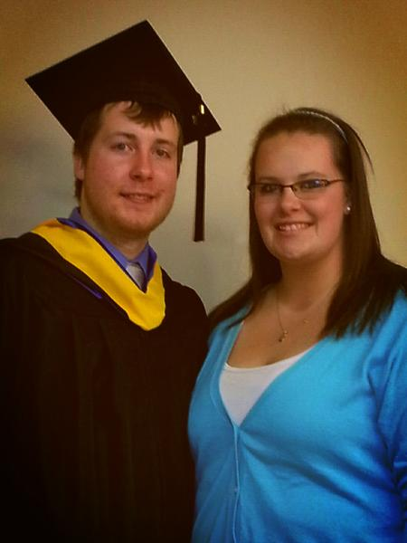RT @k_empett19: I love you big brother! I'm so proud of you and your achievements ♥ @CEmp21 #MUGrads http://pic.twitter.com/o1IPY49N