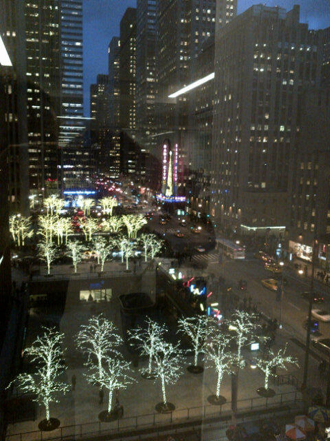 A view of Sixth Avenue from WSJ's video department. #wsjdecor @WSJNY http://pic.twitter.com/QccS6sMq