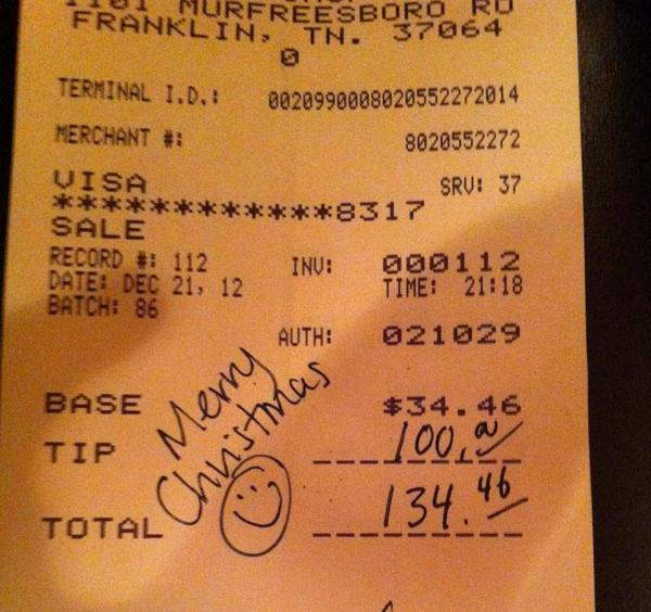 RT @FrankTown: Server at Franklin,TN Chop House gets a special Christmas tip. #26Acts http://pic.twitter.com/nBgiopSO