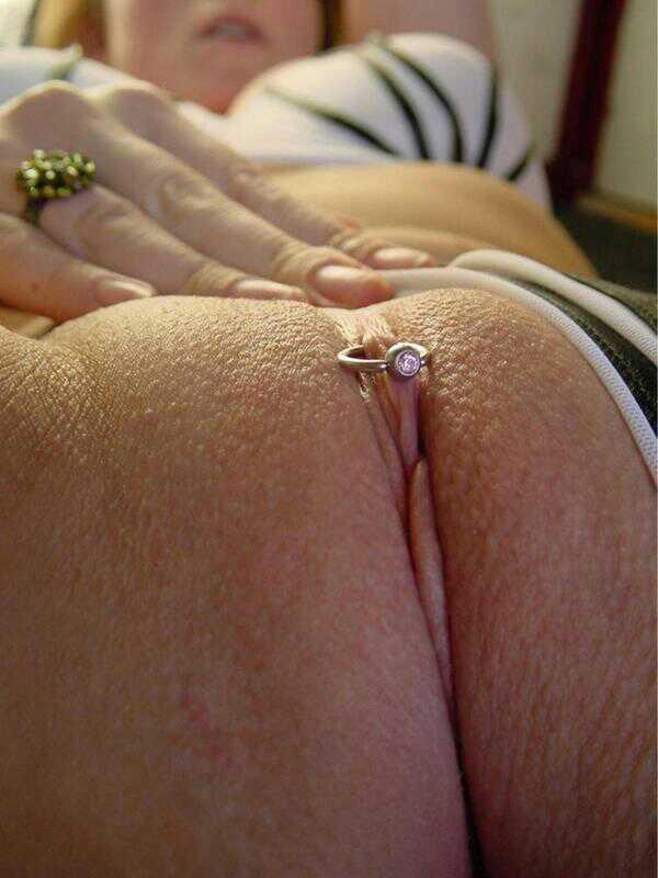 Mature wife pierced clit close up