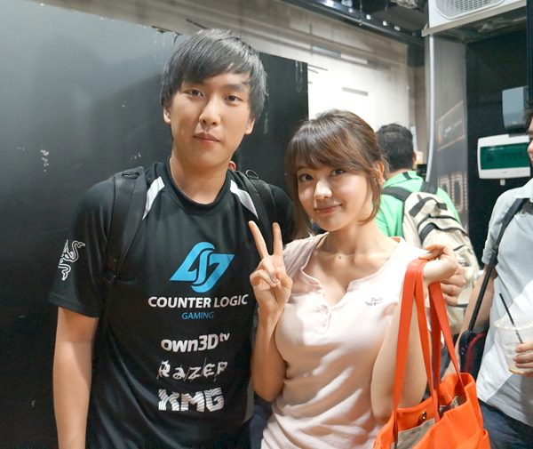 is doublelift dating daphne Doublelift's girlfriend 1 2 comment below rating threshold, click here to show it outplay nation  hey doublelift, is she trash too  dblgif-2.