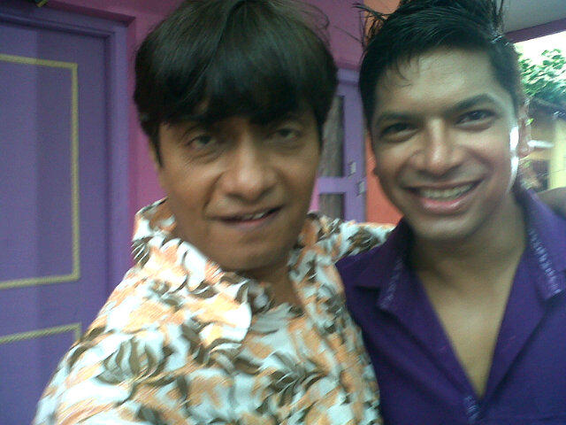 @singer_shaan o ho kya baat hai love to work with you. Picture abhi baki hai dost. Maza baki hai. http://t.co/3obNi2d2
