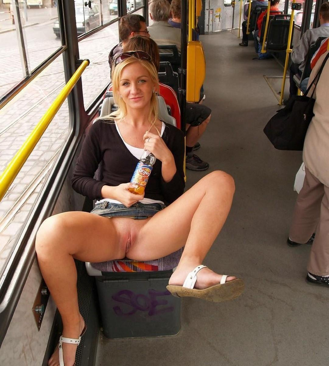 Xxx sex girls flashing pussys on the bus delivery with
