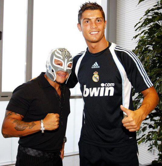 "Player on Twitter: ""Rey Mysterio with Cristiano Ronaldo ..."